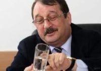 Bătaie de joc! Halele lui Mircea Băsescu din Portul Constanţa, evaluate la doar 12 000 lei